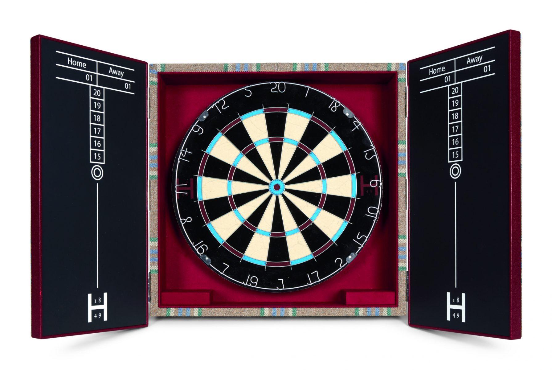 Huntsman Tweed Covered Dartboard Cabinet